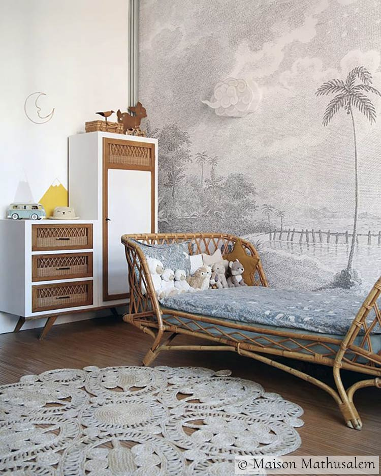 Tropical wallpaper mural with palm trees PALMAR GREY from Les Dominotiers © Maison Mathusalem